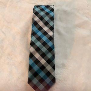Egara Tie